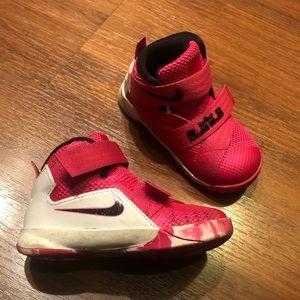 Nike Infant Shoes. Pink/black. Size 6c.